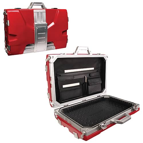 Iron_Man_2_Tony_Stark_Mark_V_Briefcase_Replica.jpg