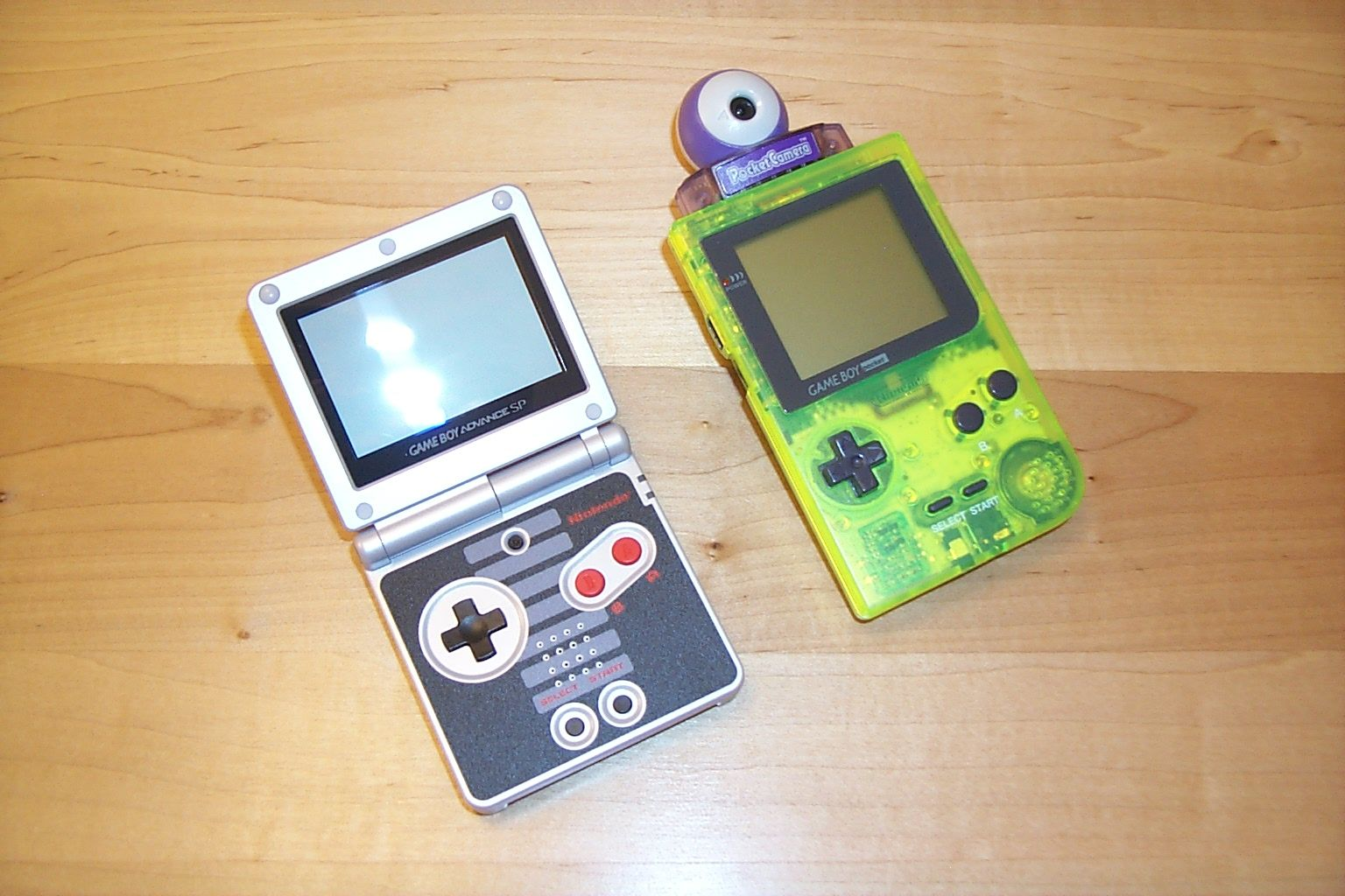 Game boy color online free - With S E Game Boy Pocket Japanese Gb Camera