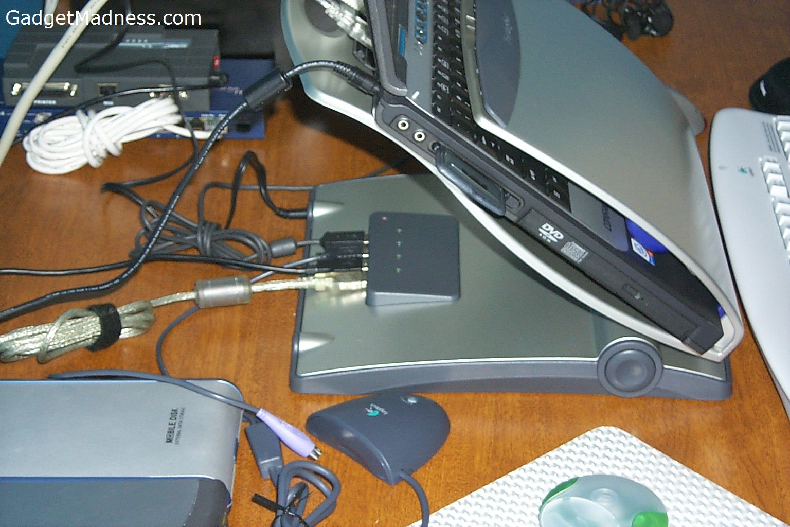 how to install a laptop hard drive into desktop