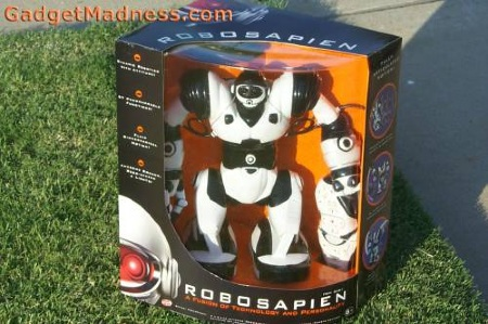Ultimate Review: Robosapien Programmable Toy Battle Robot from ThinkGeek