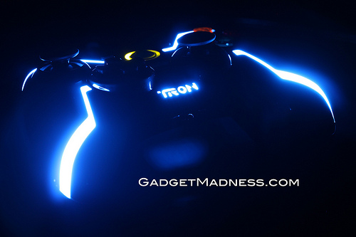 TRON: Legacy Xbox 360 Microsoft Wired USB Controller By PDP Review