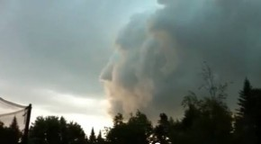 Zeus, Greek God of Thunder Sighted in Cloud Face